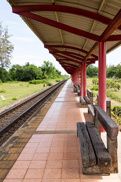 train platform - tunnel trafik sverige bildbanksfoton och bilder