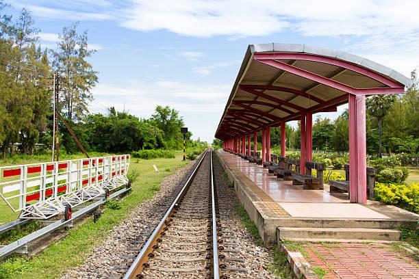 train platform with blue sky and white clouds - tunnel trafik sverige bildbanksfoton och bilder