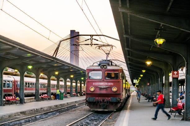 Estación de tren en Bucarest, Rumania, Europa - foto de stock