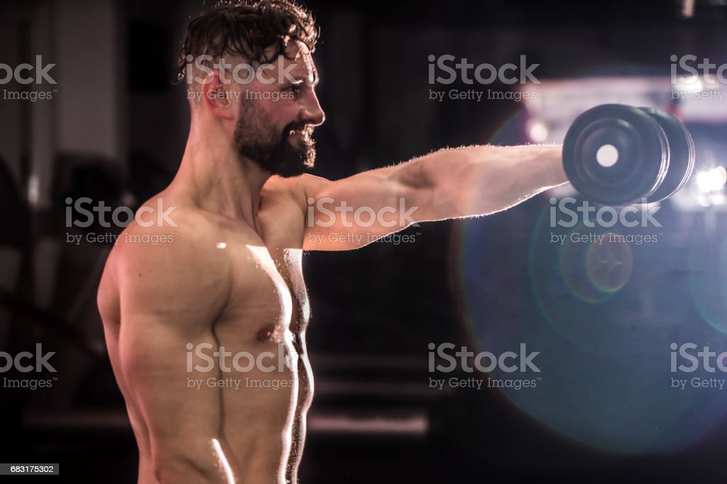 training cross training at the gym foto de stock royalty-free