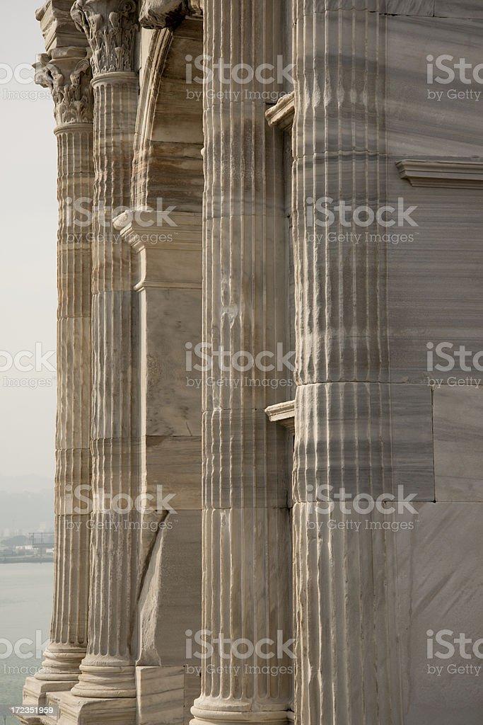 Arco de trajano (columnas detalle) foto de stock libre de derechos