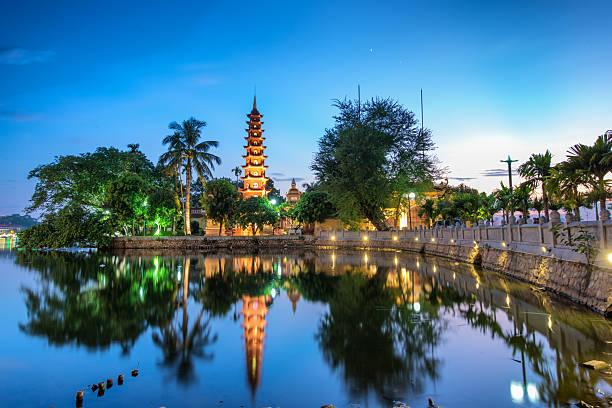 쩐 꾸옥 사탑 - 베트남 뉴스 사진 이미지