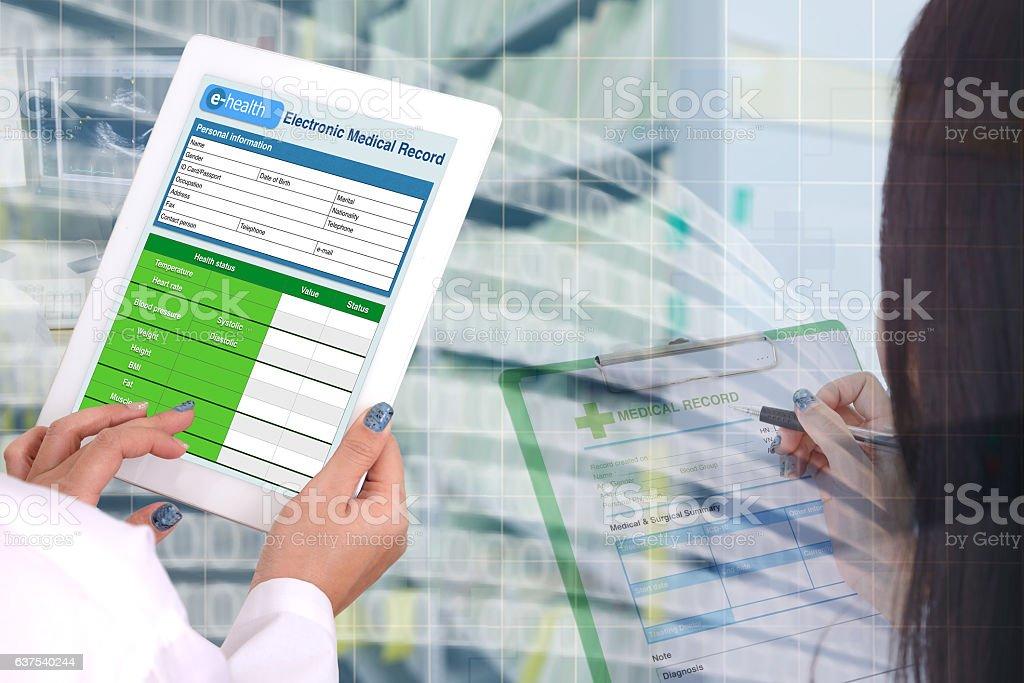 Transformation medical record technology. - foto de acervo