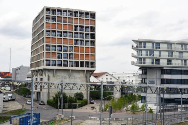 Transitlager und Helsinki Dreispitz Basel – Foto