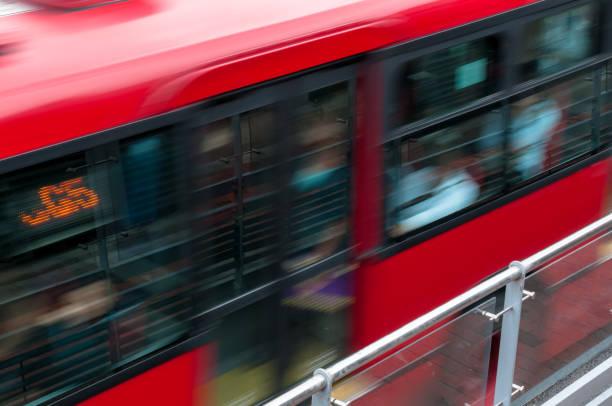 Transmilenio, öffentliche Bus-Service sehr beliebt in Bogotá, Kolumbien. – Foto
