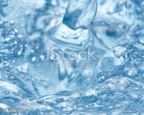Very clear ice and soda water
