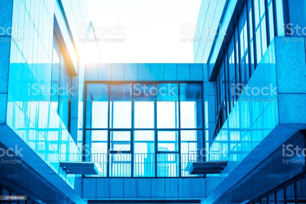 城市建筑透明的窗户 stock photo
