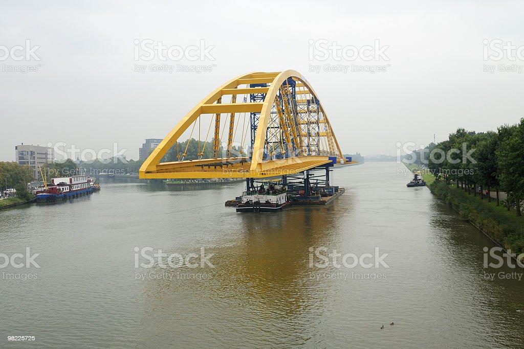 Trasporto di un ponte foto stock royalty-free