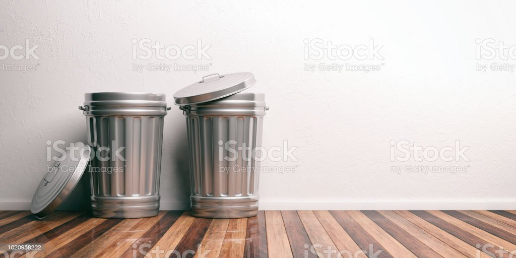 Trash cans on a wooden floor 3d illustration - Royalty-free Aluminum Stock Photo
