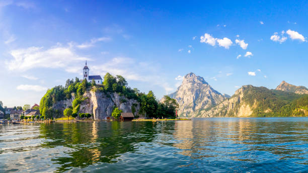 traunsee sjön i alperna-salzburg, salzburger land - österrike bildbanksfoton och bilder