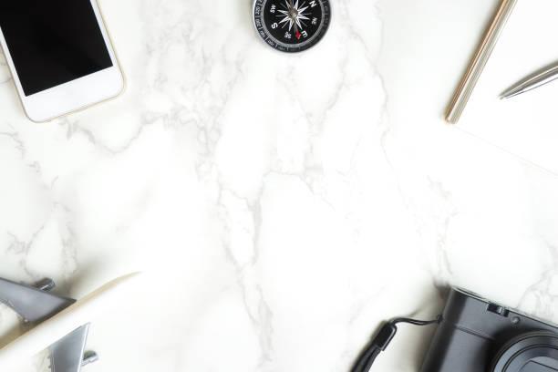 travel accessories on white marble copy space - phone, travelling, copy space imagens e fotografias de stock