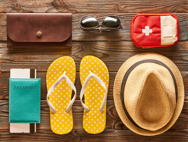 Travel and beach flat lay Travel and beach items flat lay still life knolling concept stock pictures, royalty-free photos & images
