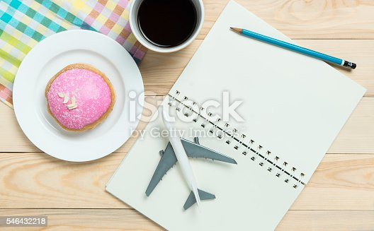 istock Travel Blogger Open book for copy space in pastel tone 546432218