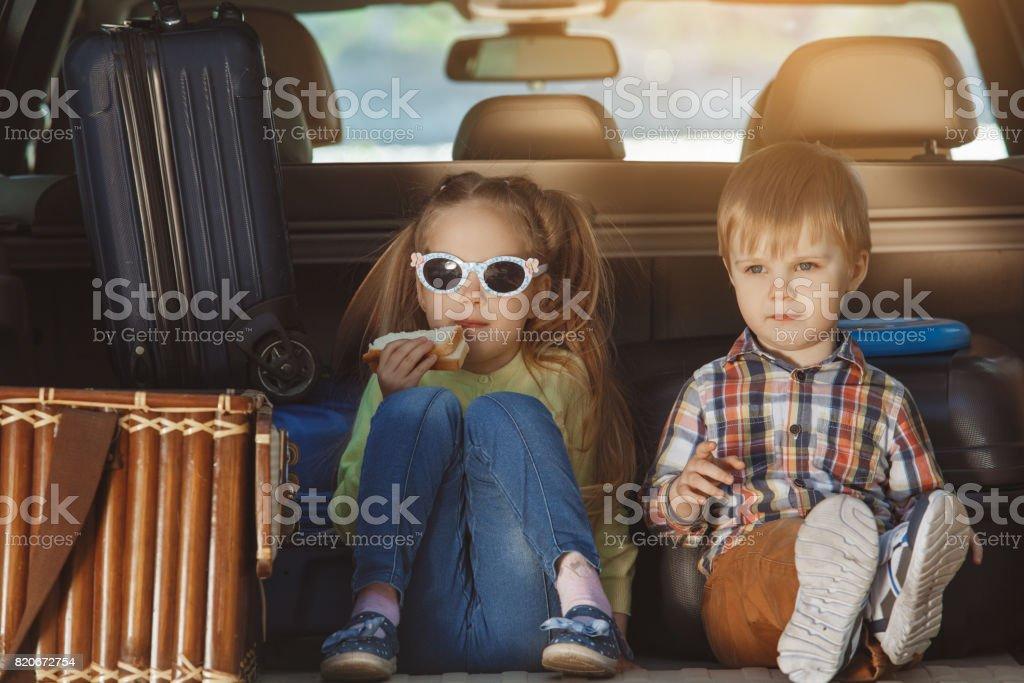 Anreise mit Autoreise mit der Familie zusammen Urlaub – Foto