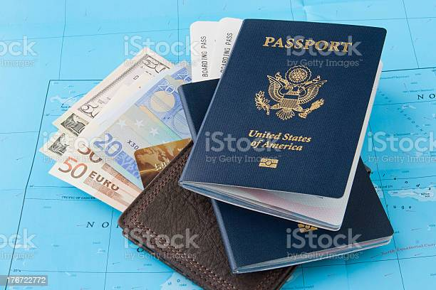 Travel concept picture id176722772?b=1&k=6&m=176722772&s=612x612&h=wg apafrvzg4bnynrhz5yxcd55zll4loqf0 l0unbsm=