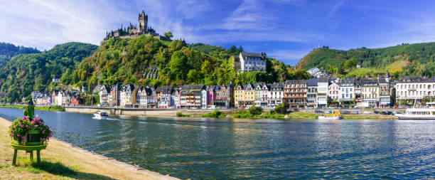 Travel in Germany - river cruises in Rhein river, medieval Cochem Pictorial medieval Cochem town - popullar touristic attraction in Germany north rhine westphalia stock pictures, royalty-free photos & images