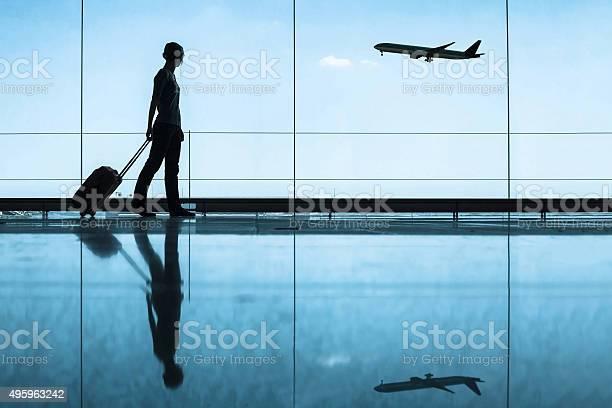 Flughafen Reisende In Stockfoto und mehr Bilder von Geschäftsreise