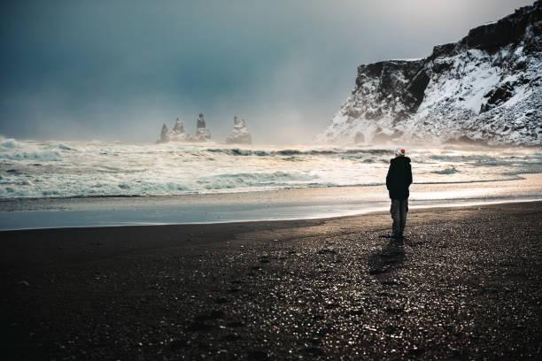 Reisende Frau in Island – Foto