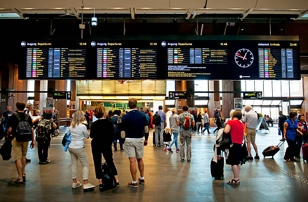 travelers at the oslo s - oslo central station - s stockfoto's en -beelden