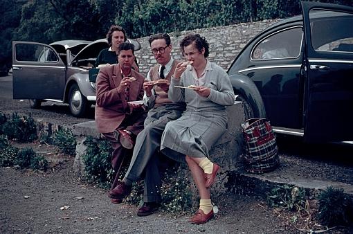 Tyrol, Austria, 1961. Travelers to Italy having a lunch break on the roadside.