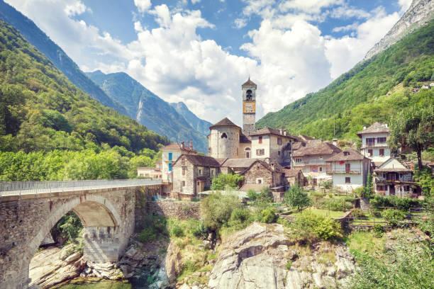 Reisen in die schöne Schweiz im Sommer – Foto
