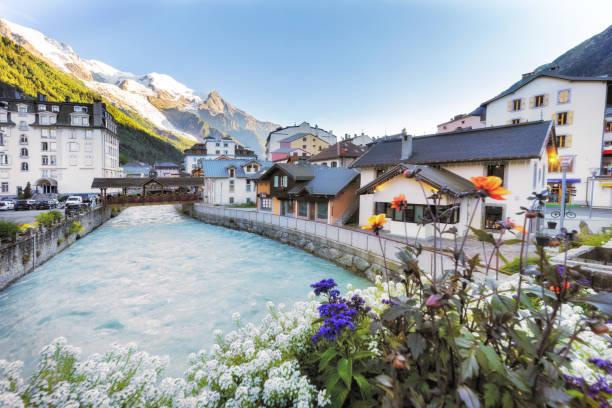 Reisen in die französischen Alpen im Sommer – Foto