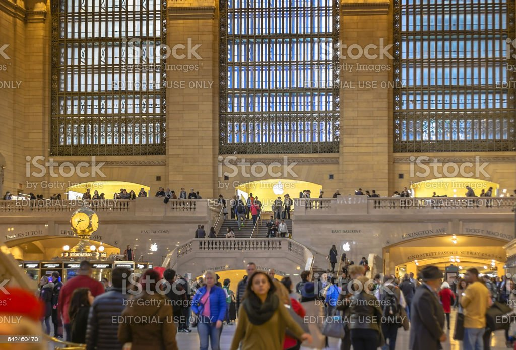 travellers walking in Gran Central Terminal stock photo