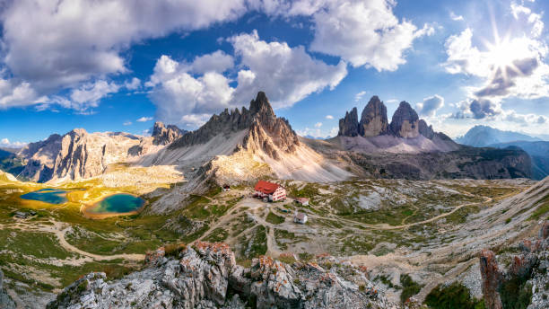 tre cime di lavaredo - xxxl panorama - unesco стоковые фото и изображения