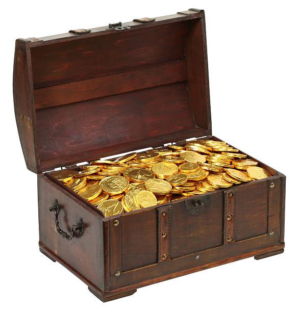 treasure chest isolated - remmar godis bildbanksfoton och bilder