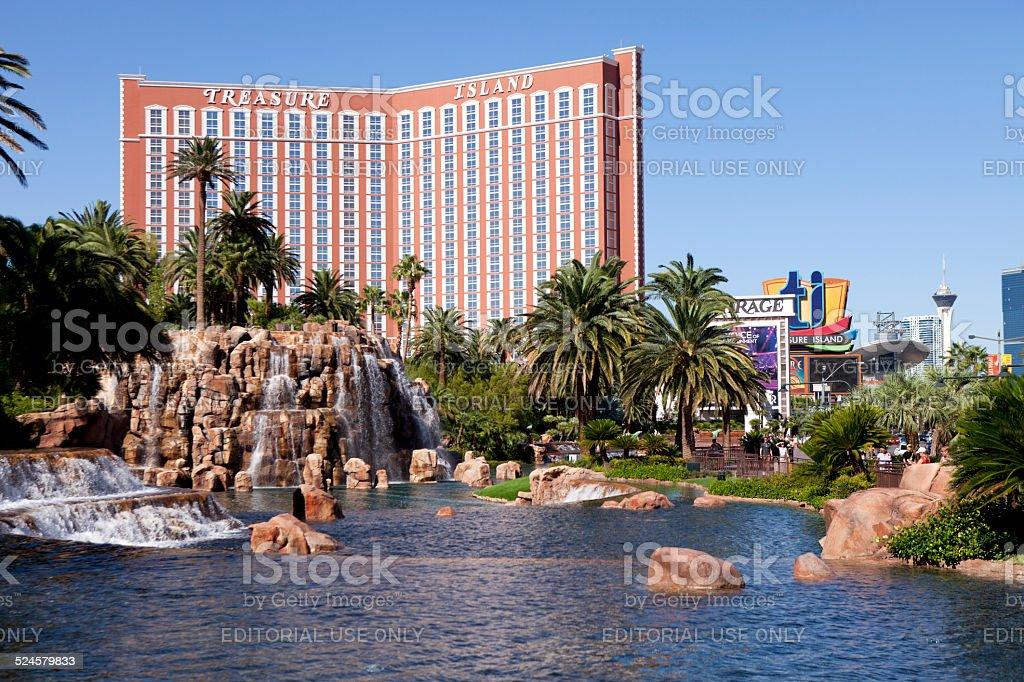 Отель с казино на острове свежие ключи дл голден интерстар 8001