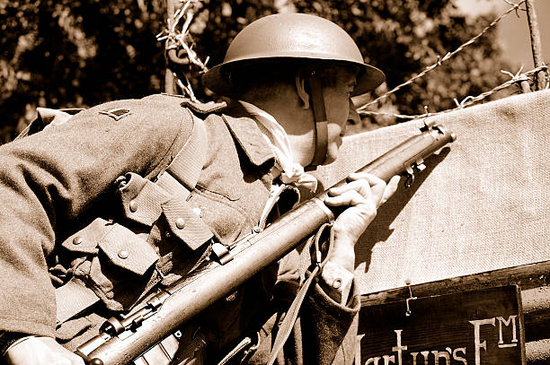 trench soldier. - greppel stockfoto's en -beelden