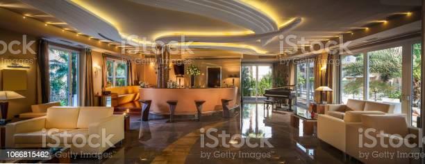 Trendy modern bar in a hotel picture id1066815462?b=1&k=6&m=1066815462&s=612x612&h=vp6kho7zvr 6ntv3p37wohr9m r6ujtgmz 0yhbwa6q=
