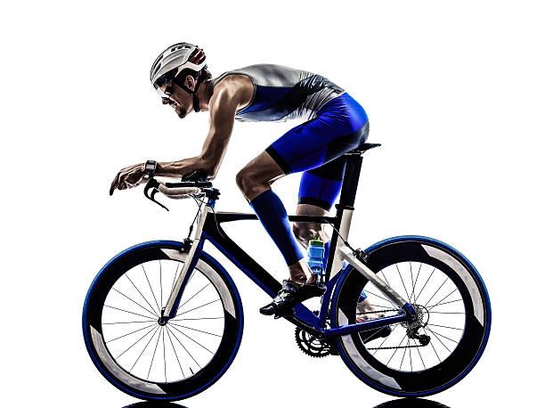 Triatlón el hombre de hierro atleta los ciclistas ciclismo - foto de stock