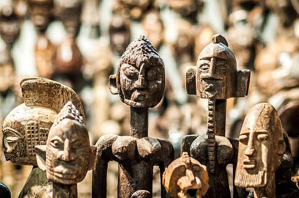 Tribal african sculpture foto