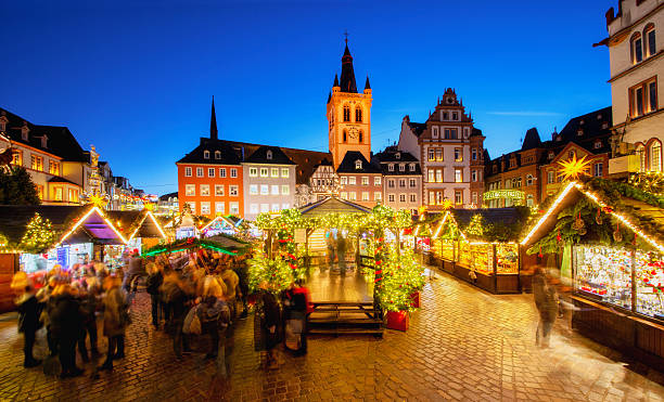Trier - Main Square and Christmas Market - foto stock