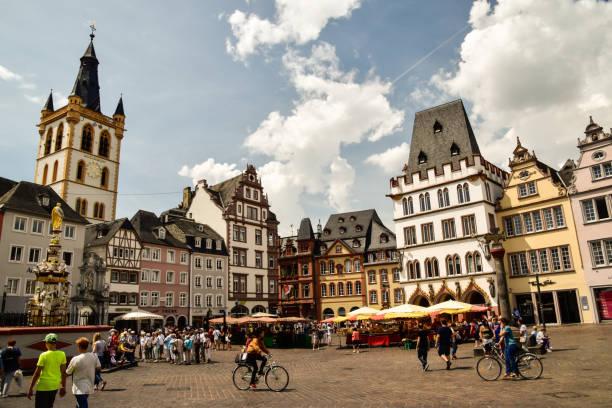 Trier Stadt an der Mosel Trier Stadt an der Mosel in Deutschland grand est stock pictures, royalty-free photos & images