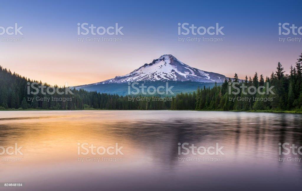 Trillium Lake Sunset Mt Hood, Mountain, Lake, Sunrise - Dawn, Trillium Lake Alpenglow Stock Photo