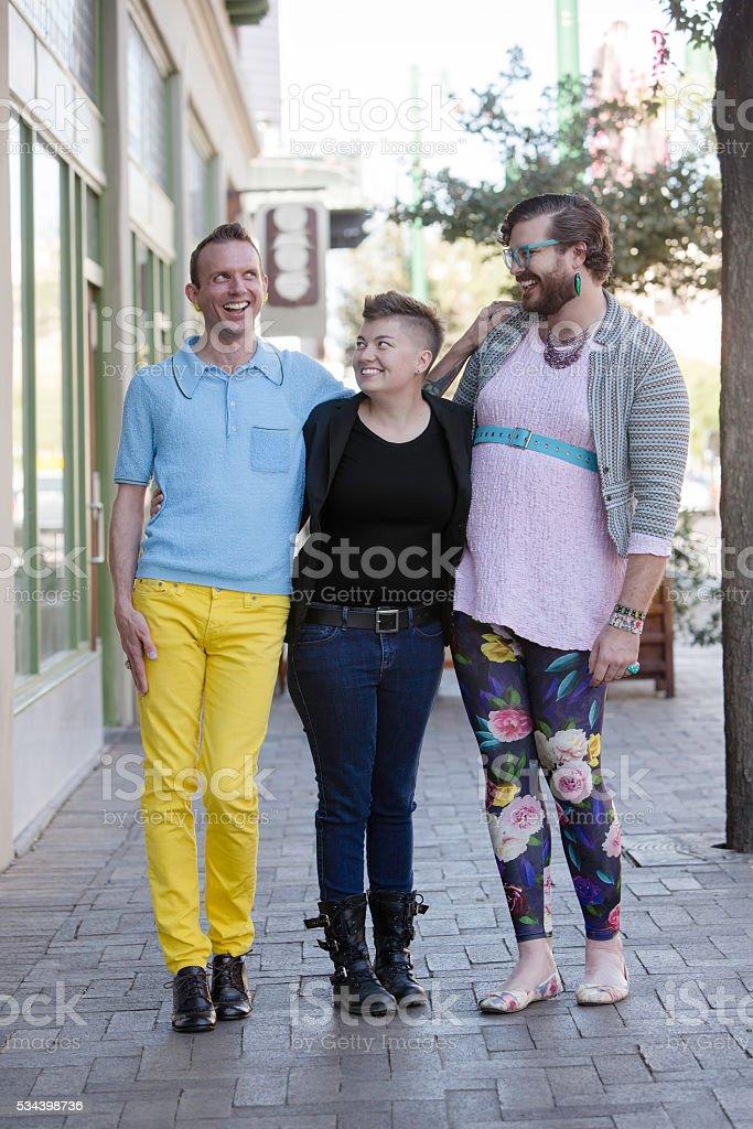 Lesbiche baci Trio