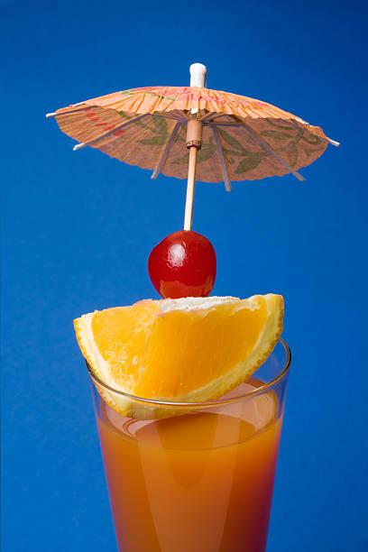 tropischer drink - st. vincent und die grenadinen stock-fotos und bilder