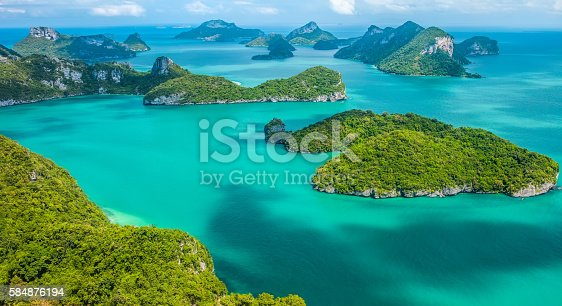 istock Tropical group of islands in Ang Thong National Marine Park 584876194