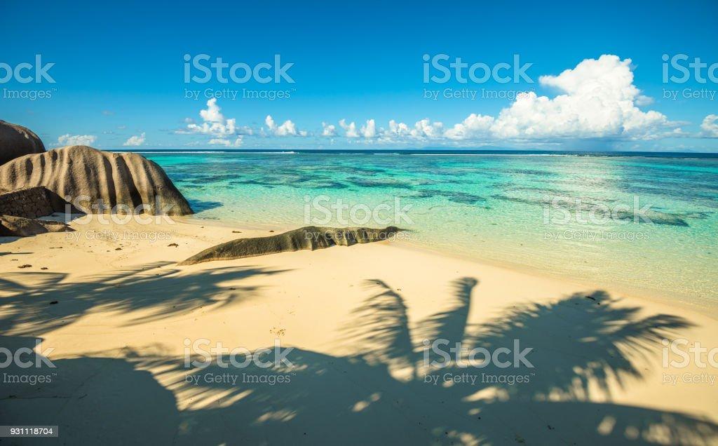 Tropik ada beach, kaynak d'Argent, La Digue, Seyşel Adaları - Royalty-free Ada Stok görsel