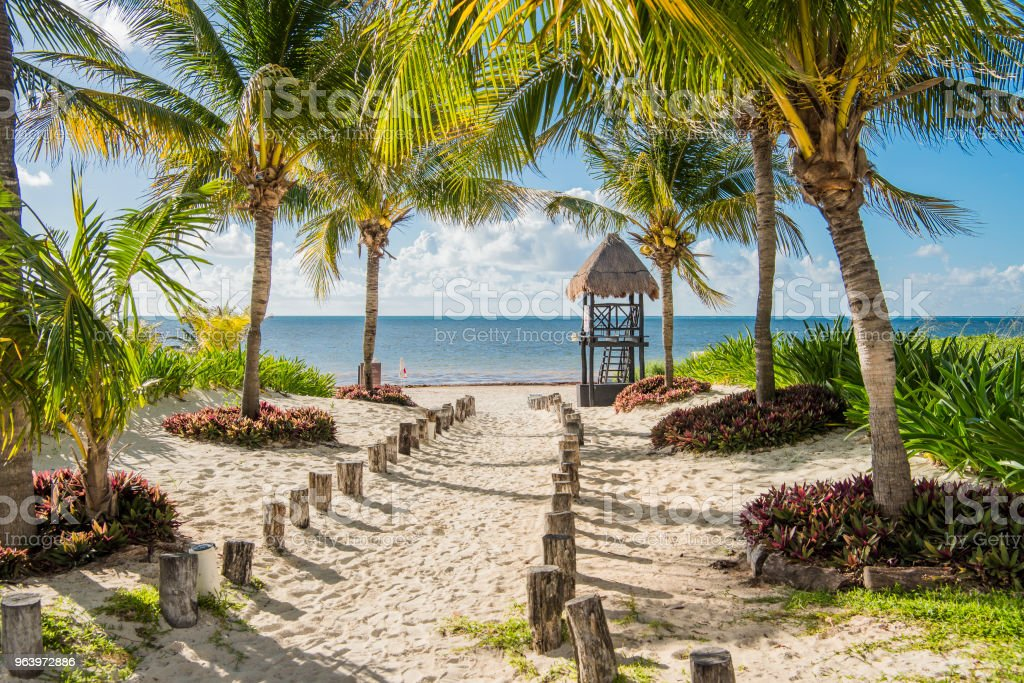 tropical paradise beach for summer vacation - Royalty-free Bahamas Stock Photo