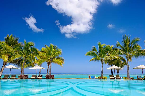 tropikalny kurort - kurort turystyczny zdjęcia i obrazy z banku zdjęć
