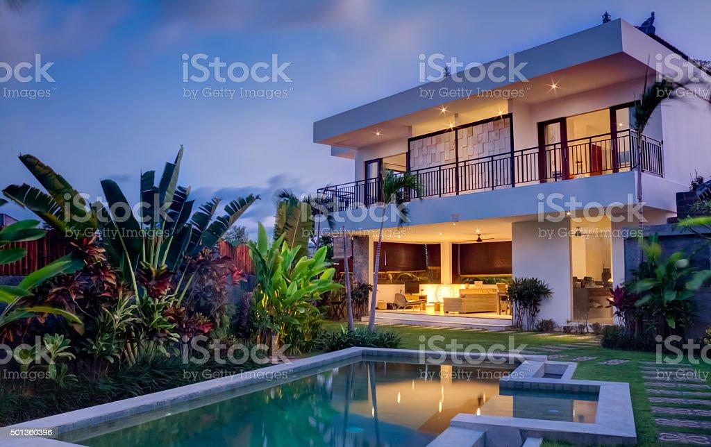villa Tropical - foto de acervo