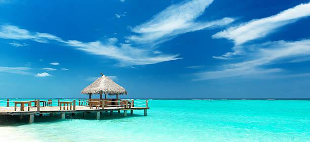 tropische Strandbar stock photo