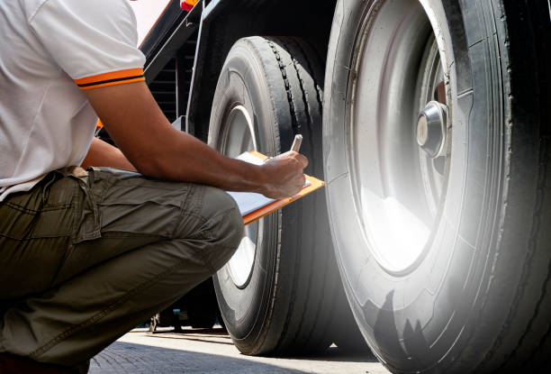 truck inspection and safety - truck tire foto e immagini stock