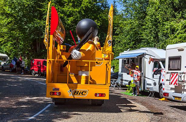 bic truck - bic kugelschreiber stock-fotos und bilder