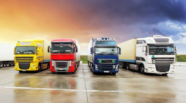 lkw, transport, fracht cargo transport, versand - nutzfahrzeug stock-fotos und bilder