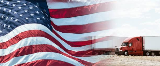 lkw mit us-flagge für nationalfeiertag - pickup trucks stock-fotos und bilder