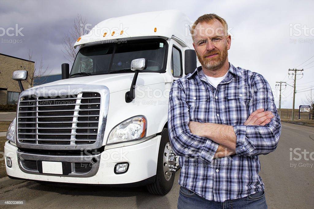 Trucker und Outfit – Foto